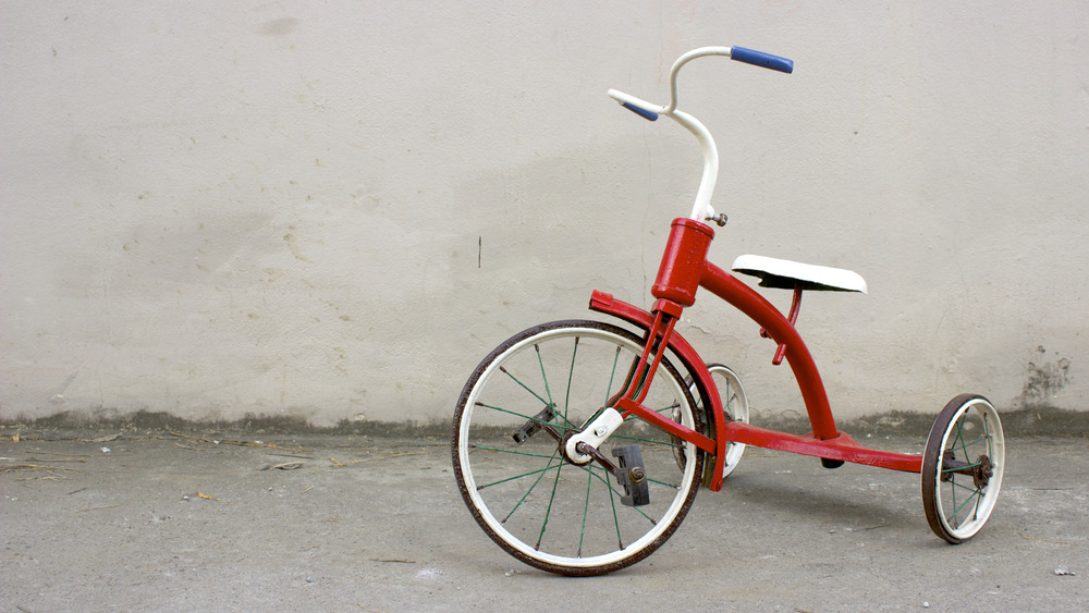 empty tricycle