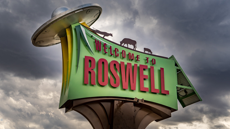 Sign for Roswell, New Mexico