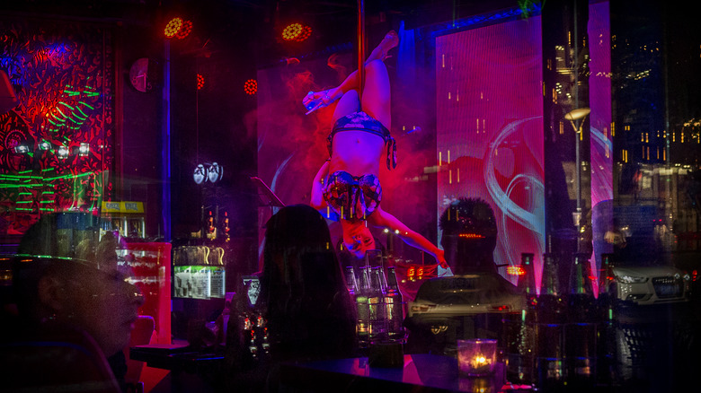 pole dancer in Chinese nightclub