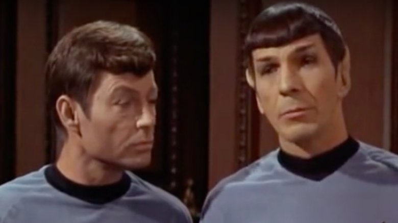 Spock and McCoy, star trek