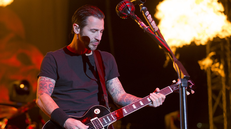 Sully Erna playing guitar