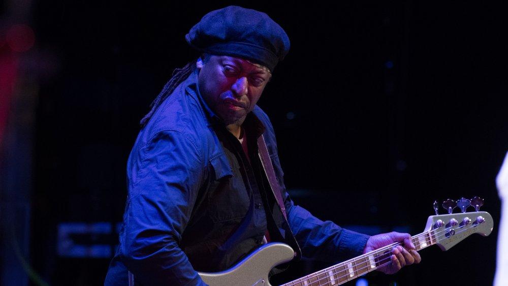 Darryl Jones playing his bass
