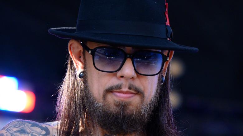 Dave Navarro in sunglasses