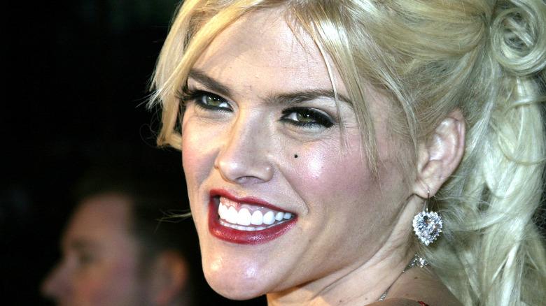 Anna Nicole Smith smiles.