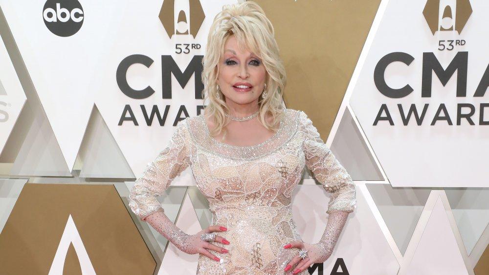 Dolly Parton at the 53rd CMA Awards