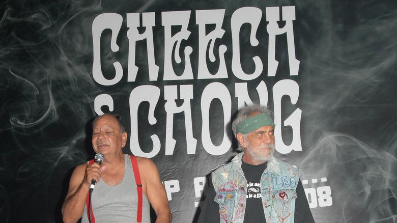 Чонг и Чич на сцене