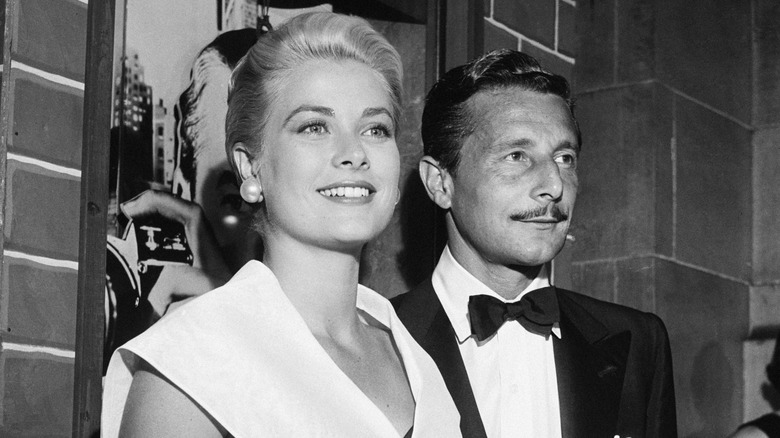 Grace Kelly and Oleg Cassini posing together