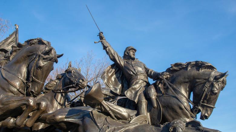 Мемориальная статуя Улисса С. Гранта