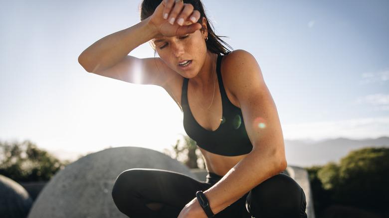 runner suffering in the heat