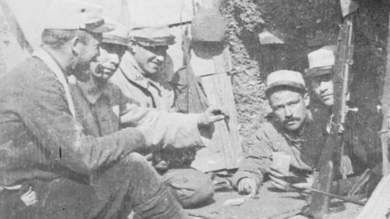 French soldiers, trenches of Verdun
