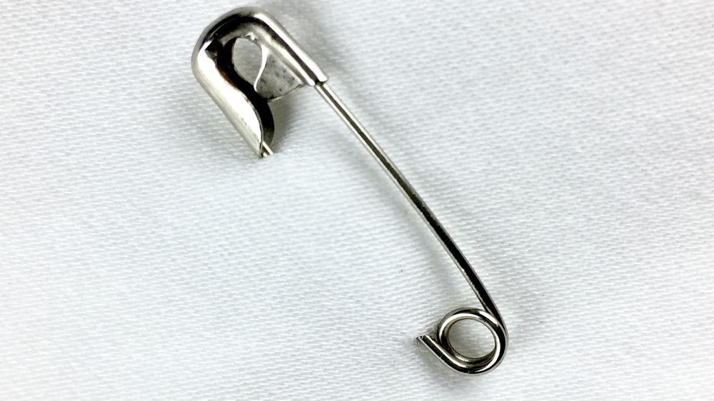 Broken safety pin