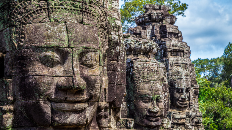 face towers at the Bayon Temple