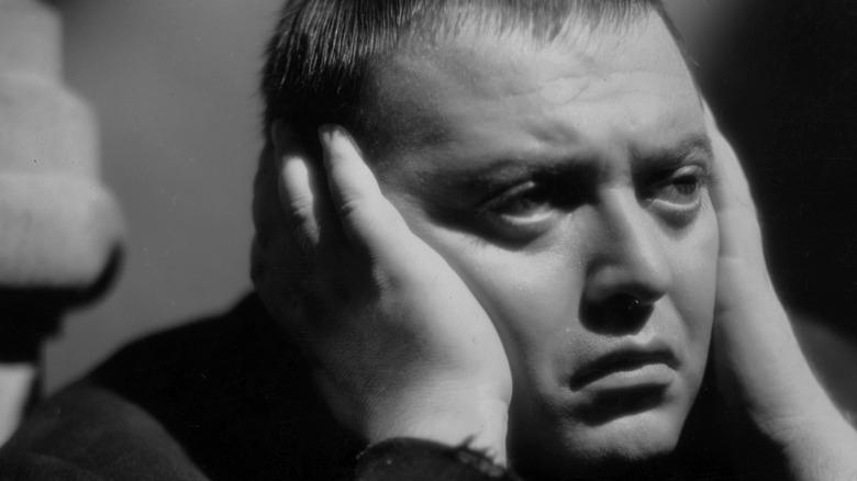 Peter Lorre looking distressed