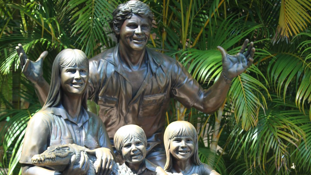 Statue of the Irwin family