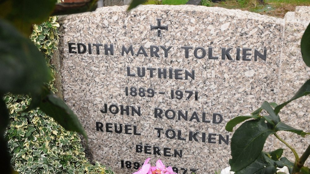 grave stone, J.R.R. Tolkien, Lord of the Rings, Hobbit