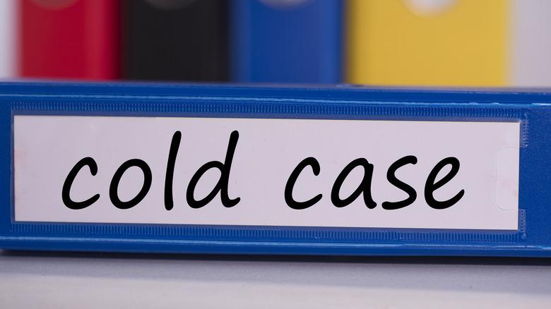 Cold case binder