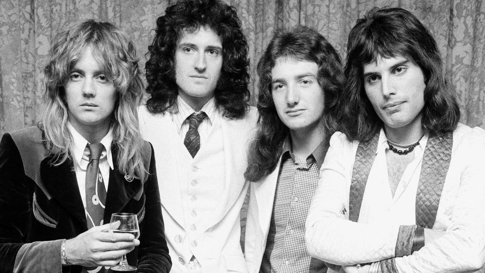 Queen, 1974