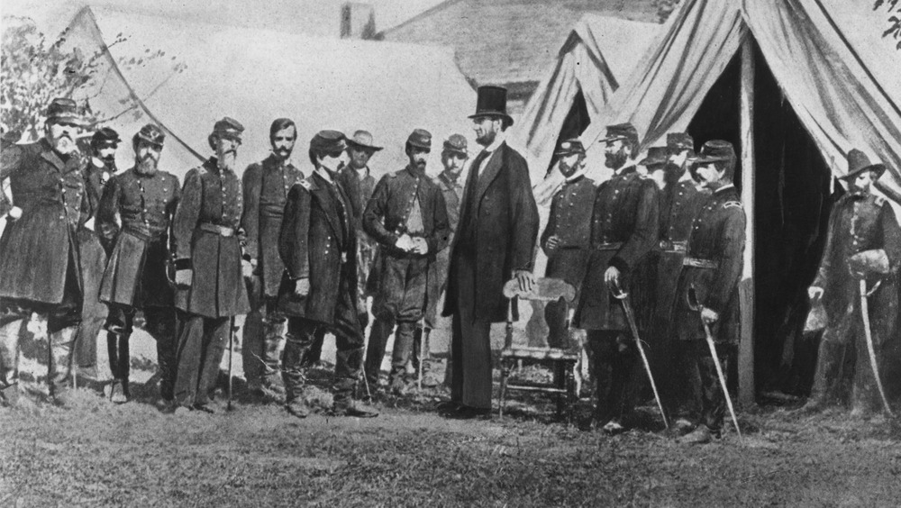 President Abraham Lincoln visiting soldiers