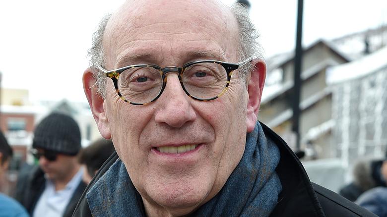 kenneth feinberg wearing glasses