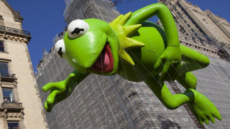 Kermit balloon at the Macy's Thanksgiving Day Parade