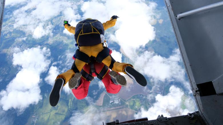 skydivers jumping