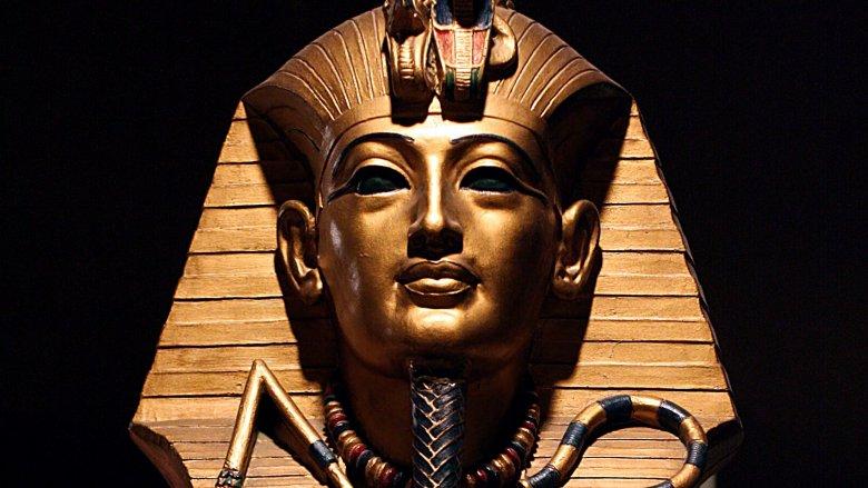 king tut death mask