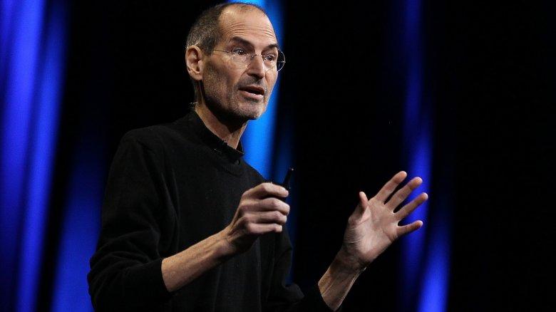 steve jobs apple black turtleneck