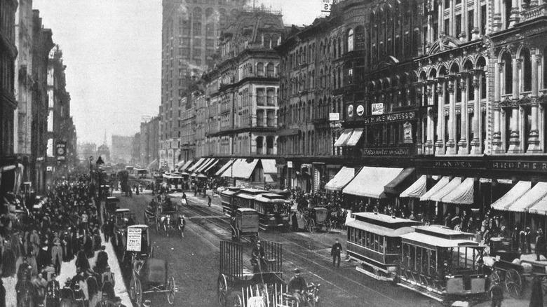 19th-century Chicago street scene