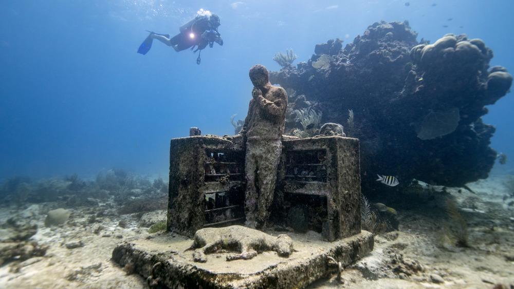 Underwater museum, MUSA Cancun