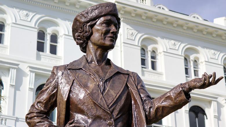 Statue of Nancy Astor in Plymouth, UK