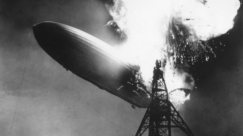 hindenburg airship crash