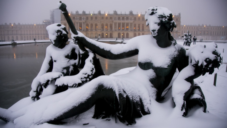 versailles snow winter cold