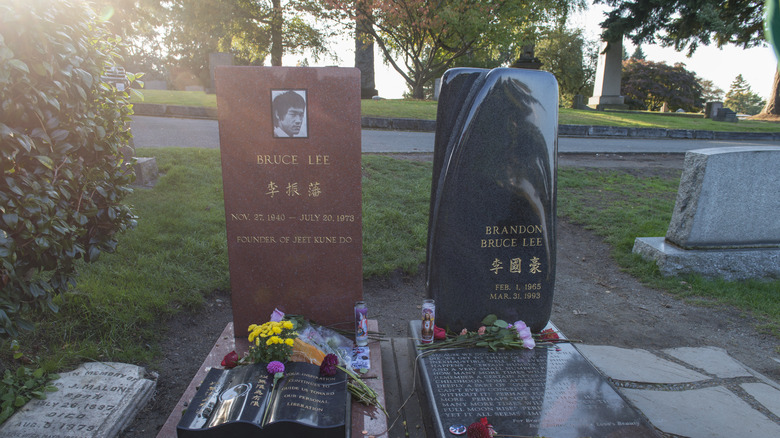 Bruce and Brandon Lee's graves