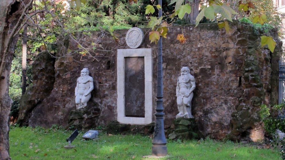 Porta Alchemica in modern-day Rome