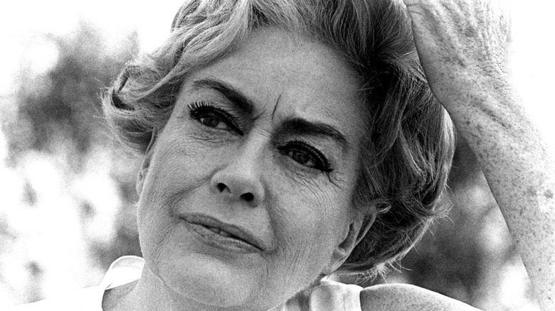 portrait of Joan Crawford