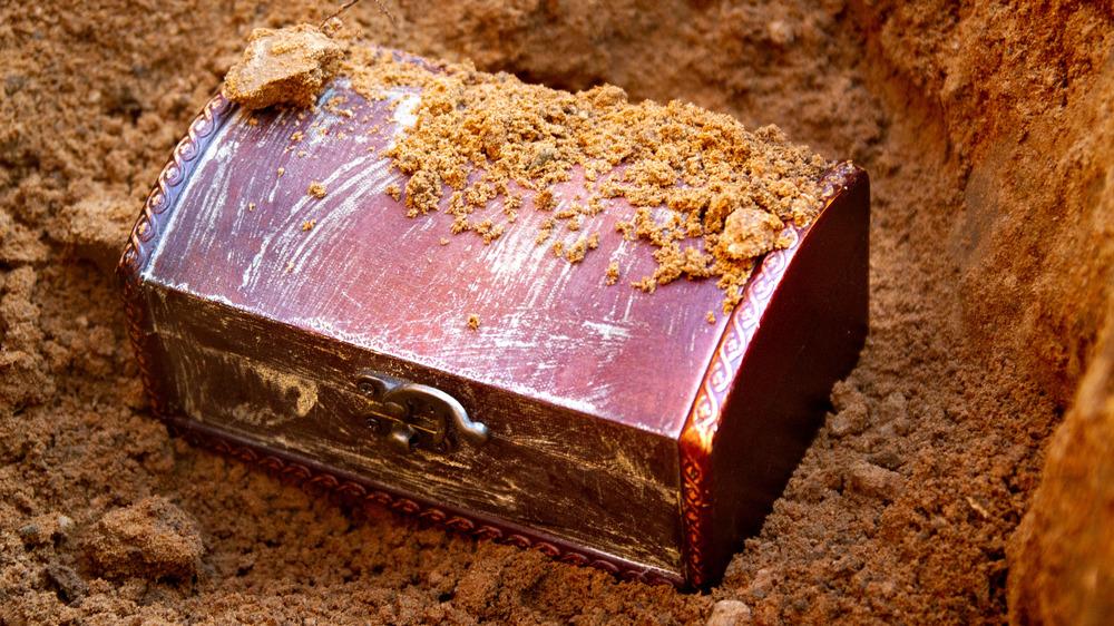 Buried treasure covered in dirt