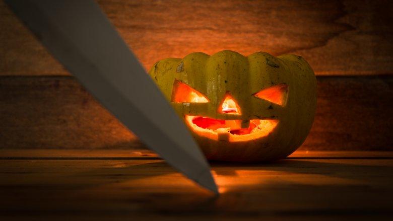 pumpkin, knife
