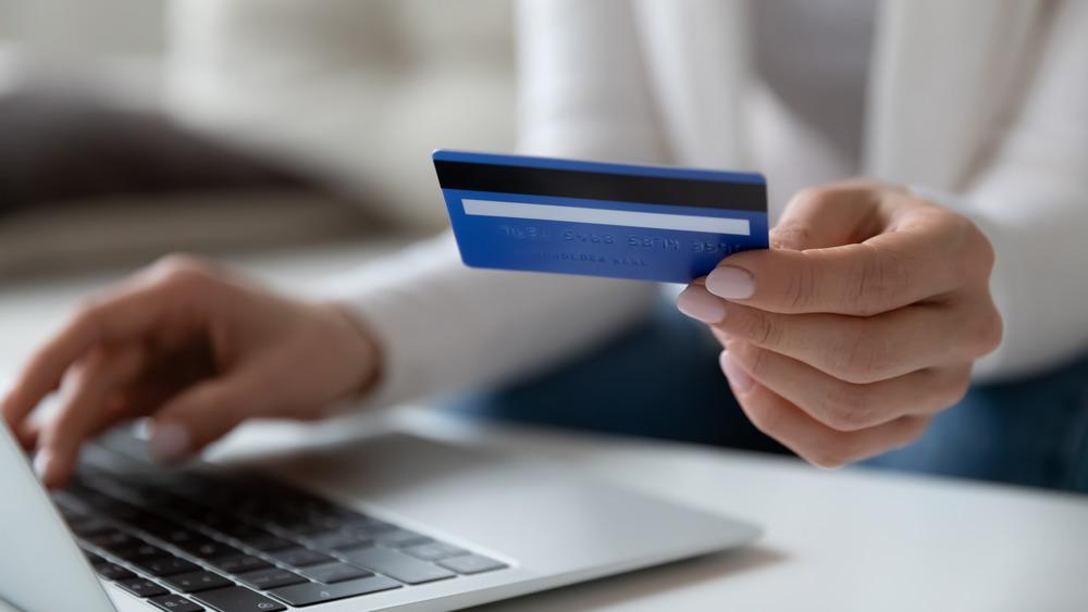 Entering credit card information
