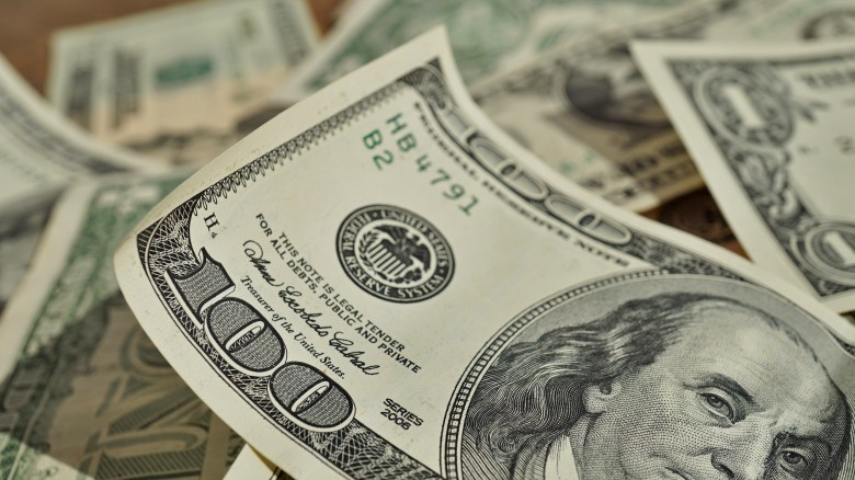 benjamins hundred dollar bills