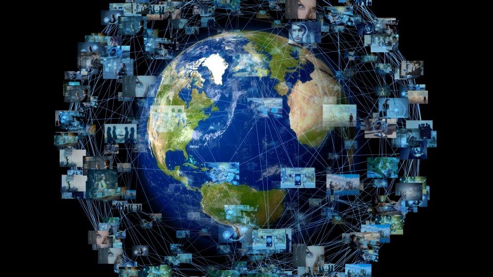 Google Earth data satellites