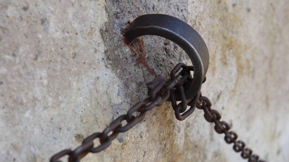 chains slavery