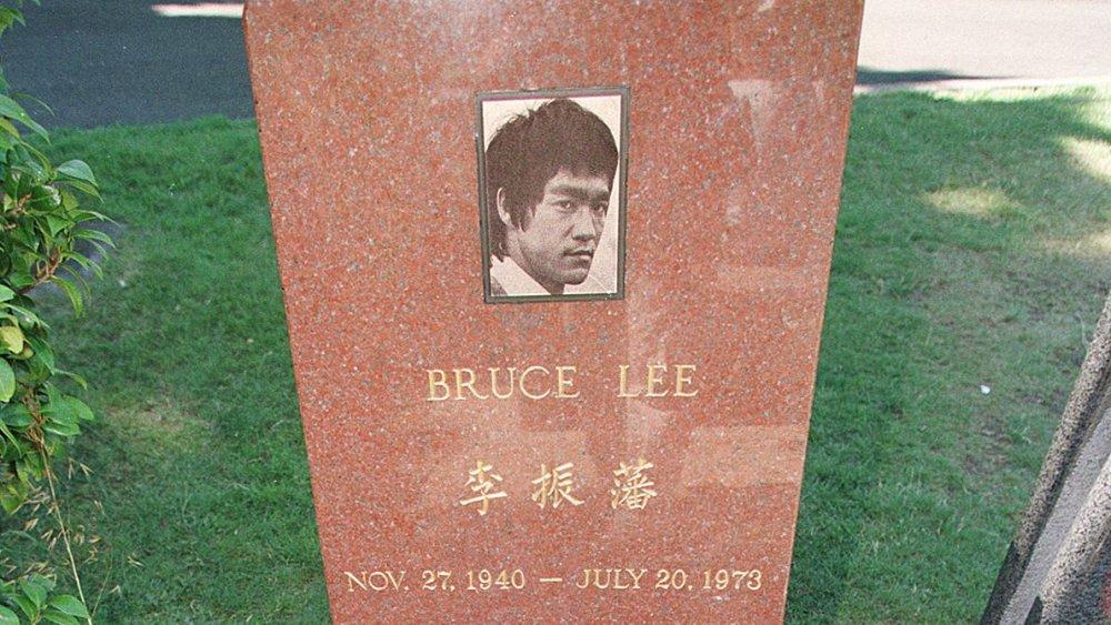 Bruce Lee grave Seattle
