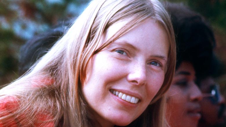 Joni Mitchell smiling, 1969