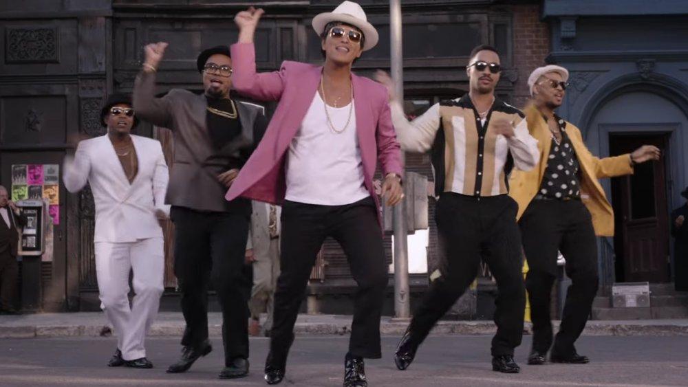 Uptown Funk video
