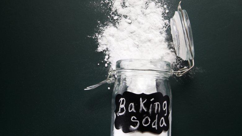 Baking Soda, Baking Powder, Doomsday Prepper