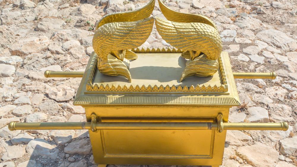 Replica Ark of the Covenant