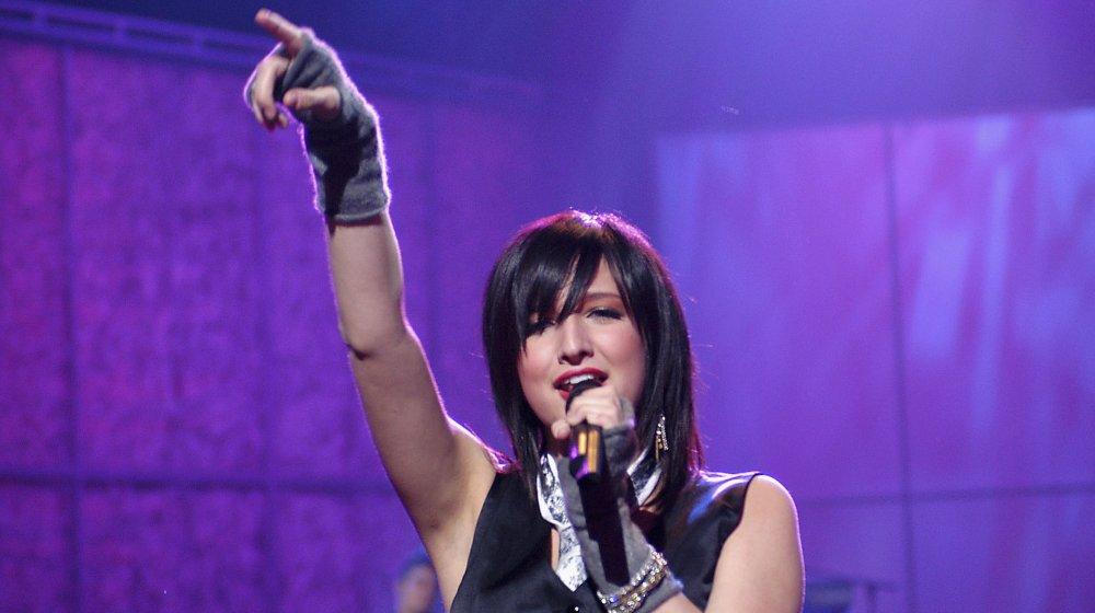 Ashlee Simpson in 2004