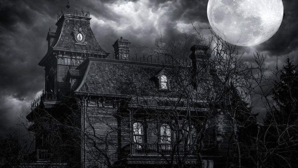 Creepy old mansion