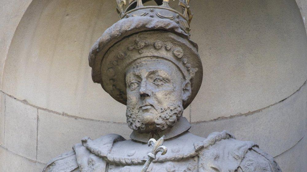 Statue of Henry VIII