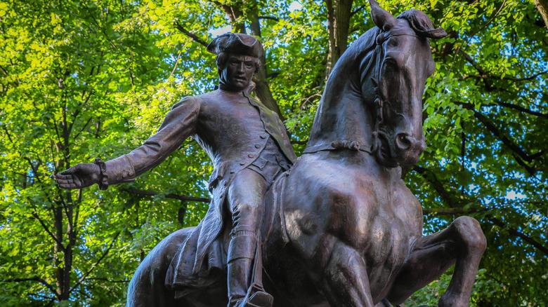 Statue of Paul Revere